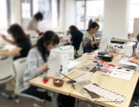 【ヴォーグ学園東京校布小物講座】ポシェット&裁縫ポーチが完成♪_f0023333_22065780.jpg