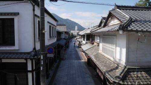 竹原の町並みで空き家を旅館に_d0328255_22490696.jpg