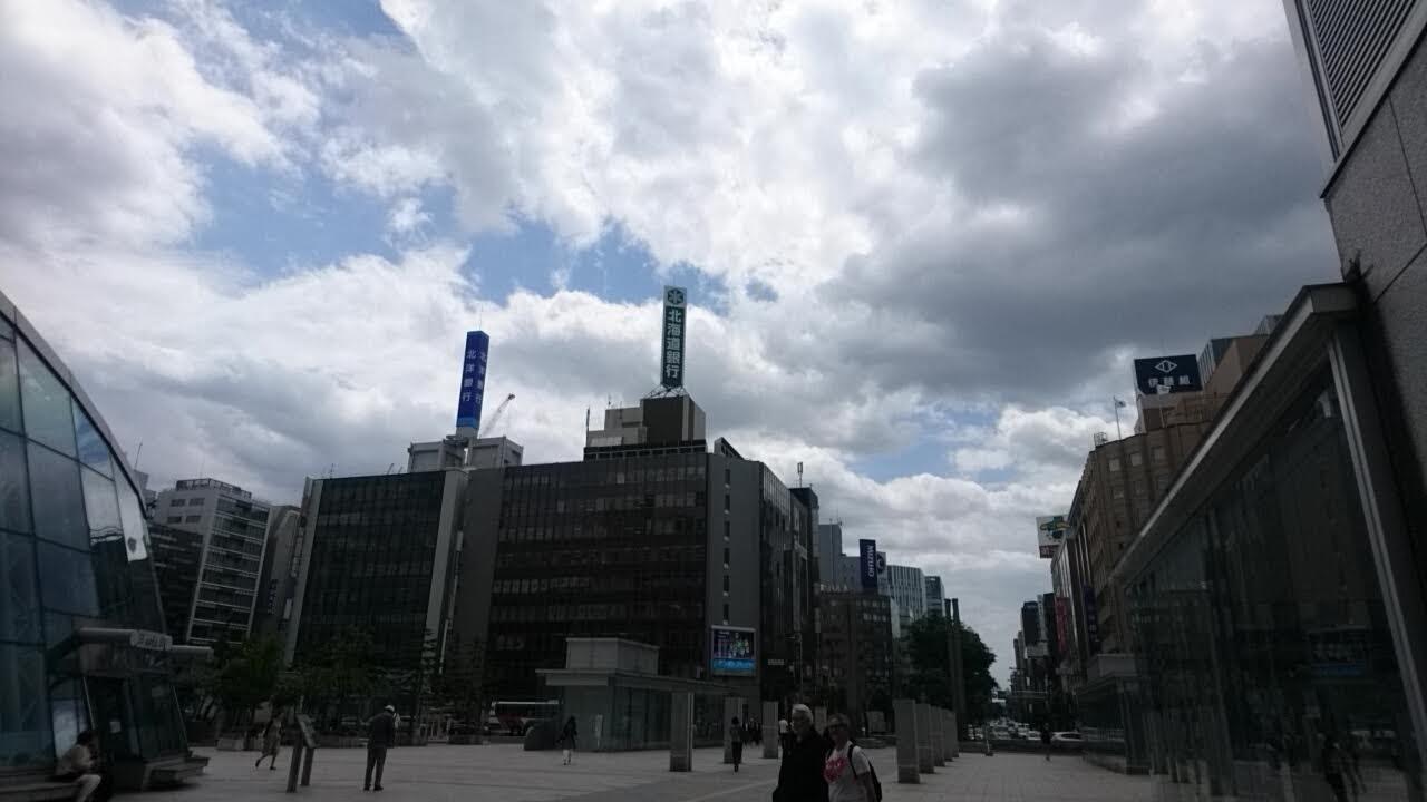 札幌駅前_b0106766_13345590.jpg