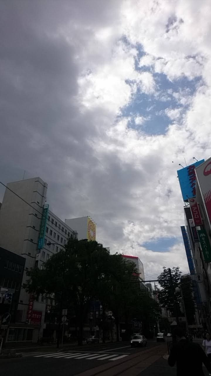 札幌交差点_b0106766_13400524.jpg