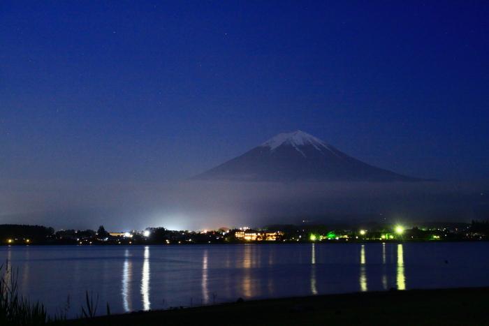 令和元年6月の富士(12)河口湖の夜の富士_e0344396_18095865.jpg