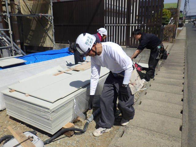 西仙北の家 大工工事進行中!_f0105112_04270013.jpg