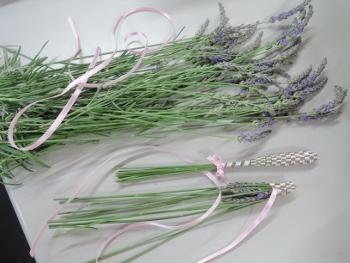 ラベンダーの花遊び_e0099359_15192784.jpg