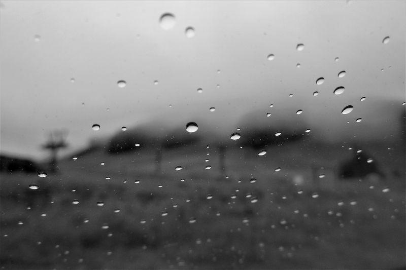 ゲレンデに降る雨_b0150077_21173326.jpg