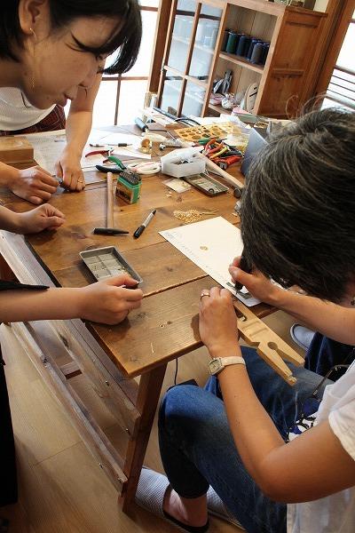 第19回 にのはこ時間 『天然石と真鍮を使ったアクセサリー作り』 23fumi_f0162302_18504754.jpg