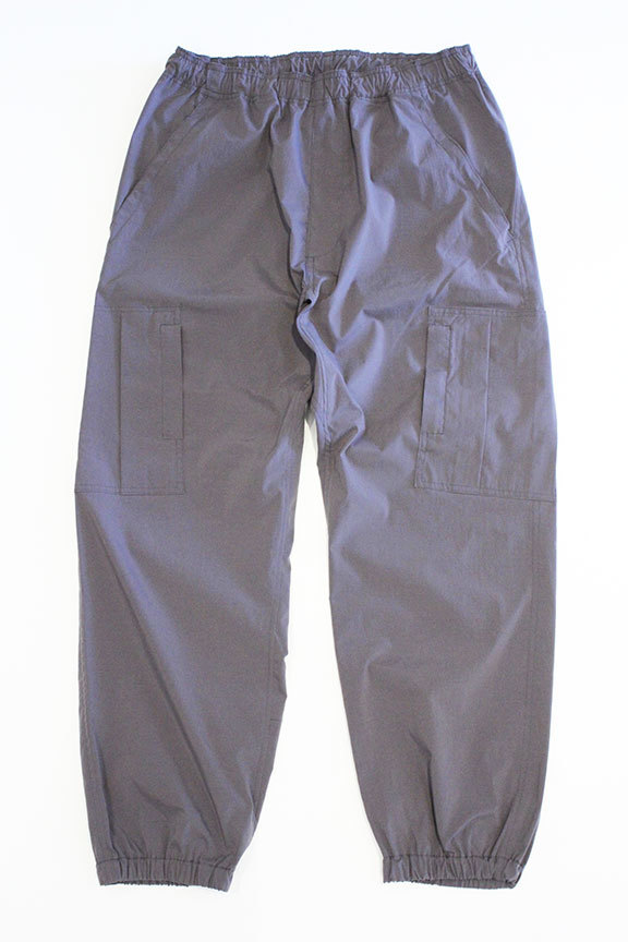 "THE FABRIC (ザ・ファブリック) "" FREEDOM NYLON PANTS \""_b0122806_13390776.jpg"
