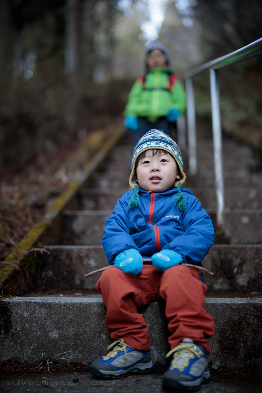 ちびっ子兄弟のチャレンジ春登山「石割山~平尾山」_c0369219_12142537.jpg