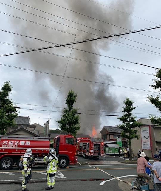 近所で火事!!!_c0316026_19002330.jpg