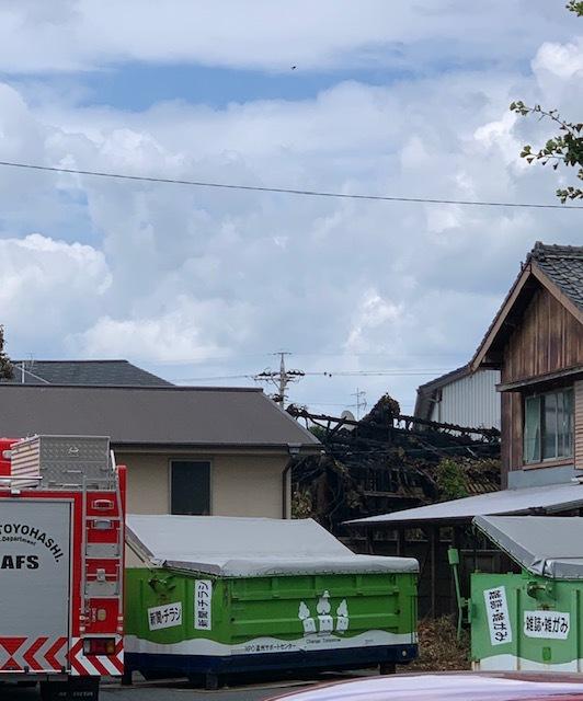 近所で火事!!!_c0316026_19004146.jpg