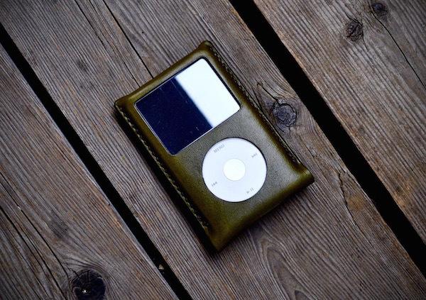 iPod classic leather case_b0172633_20565548.jpg