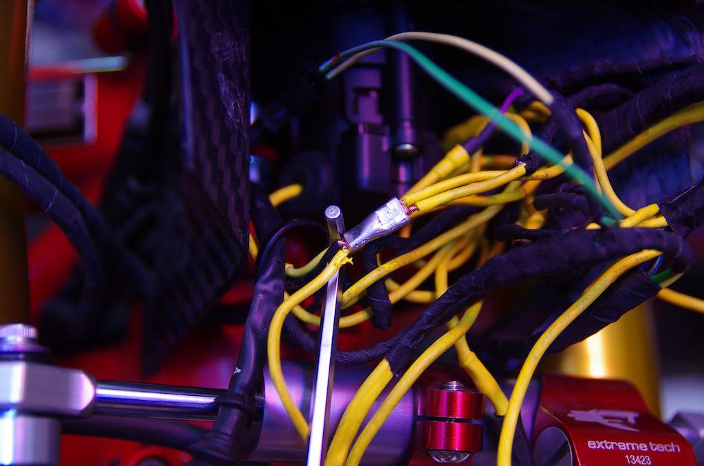 【DB7】ライトリレー交換&サーミスタ回路接続_e0159646_02422680.jpg