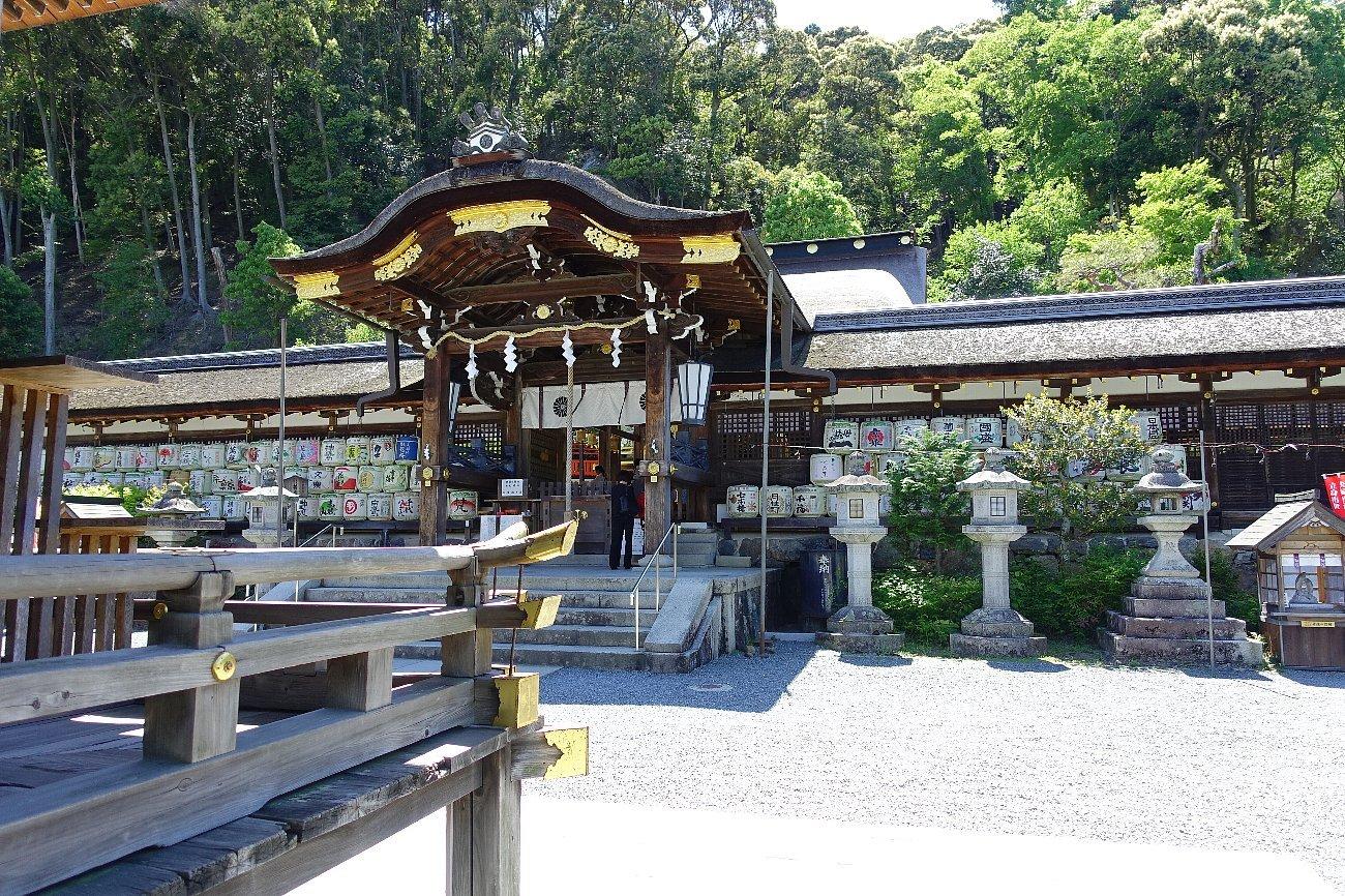 松尾大社 社殿(その1)_c0112559_07374166.jpg