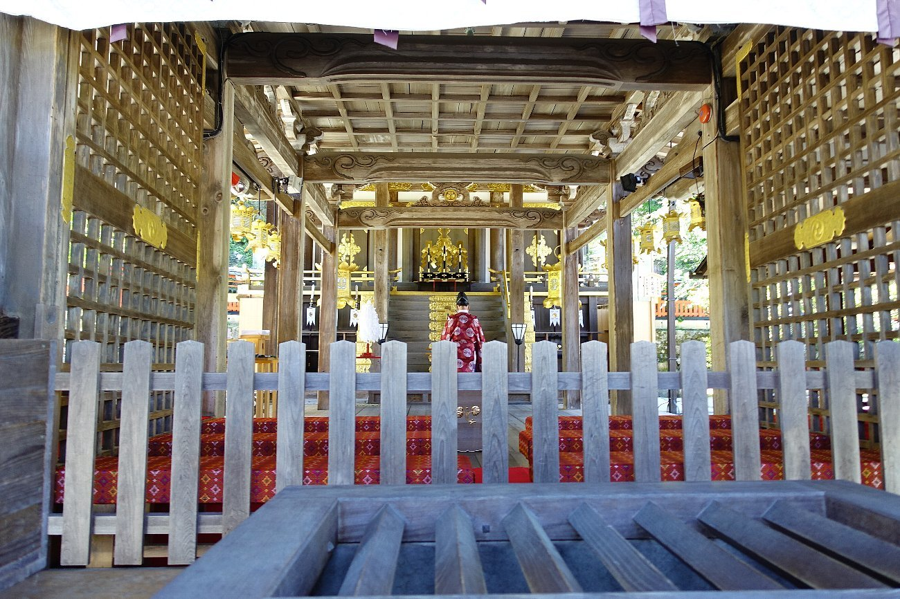 松尾大社 社殿(その1)_c0112559_07383368.jpg