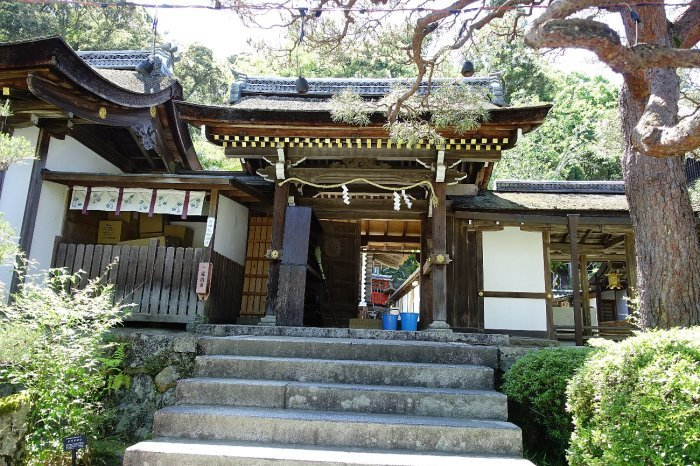 松尾大社 社殿(その1)_c0112559_07403124.jpg