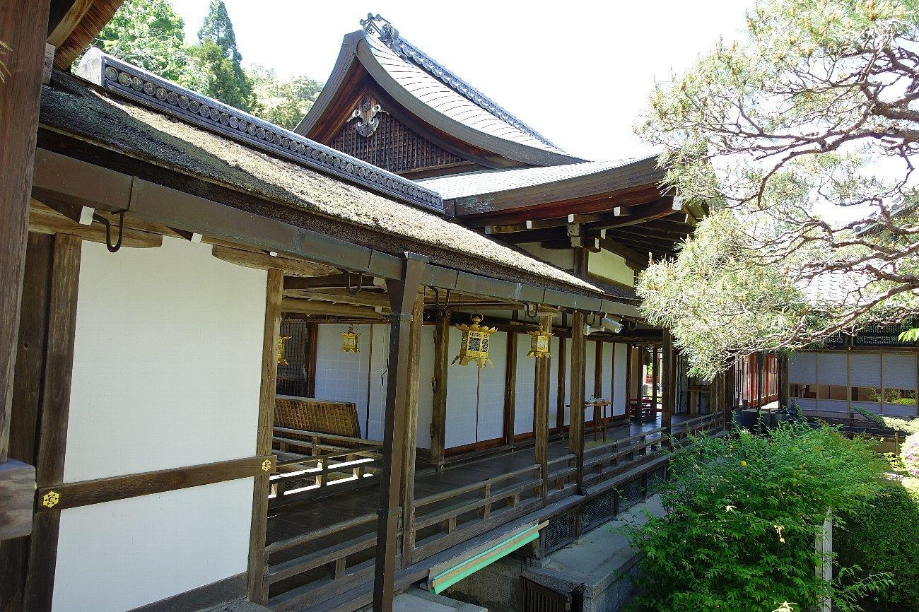 松尾大社 社殿(その1)_c0112559_07410614.jpg