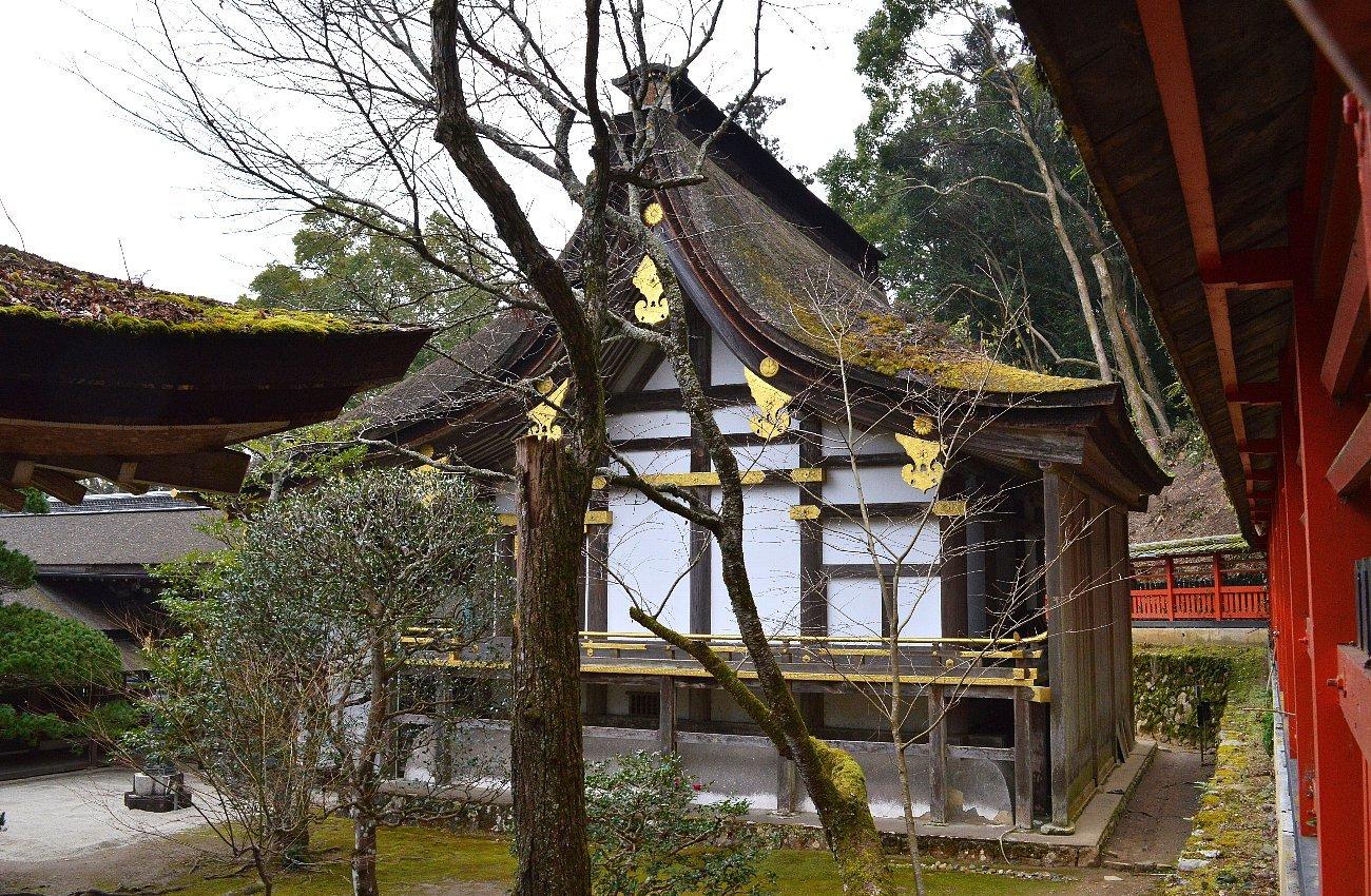 松尾大社 社殿(その1)_c0112559_07441067.jpg