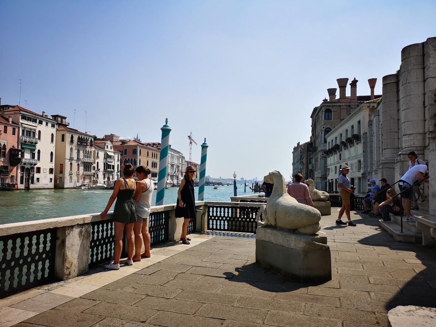 ヴェネツィア、ペギー グッゲンハイム美術館と思想の色_f0106597_22025248.jpg