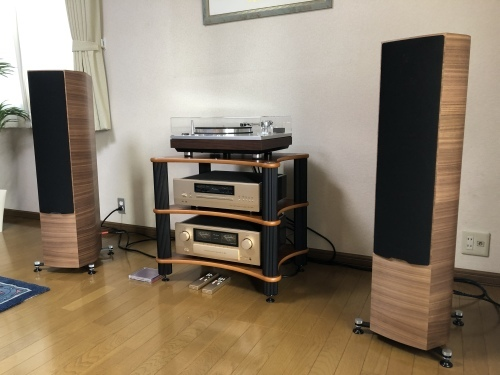 お客様訪問記【SONUS FABER、LUXMAN、Accuphase、JORMA DESIGN、SOLID TECH、COLD RAY、JODELICA、DENON】_c0113001_10441659.jpeg
