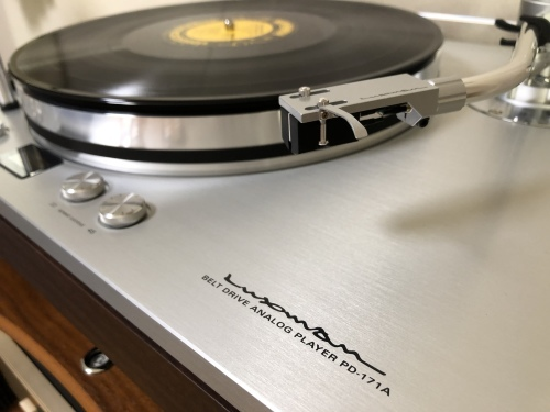 お客様訪問記【SONUS FABER、LUXMAN、Accuphase、JORMA DESIGN、SOLID TECH、COLD RAY、JODELICA、DENON】_c0113001_10450939.jpeg