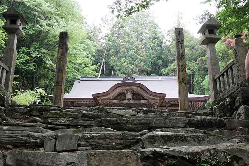名西郡神山町「上一宮大粟神社」-1♪_d0058941_21290703.jpg