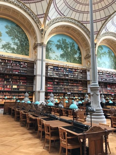 フランス国立図書館リシュリュー館でのディナー装花 : la petite ...