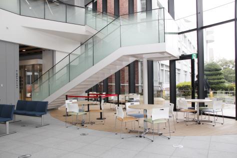 市役所新庁舎が完成 来月1日業務開始_f0237658_14270412.jpg