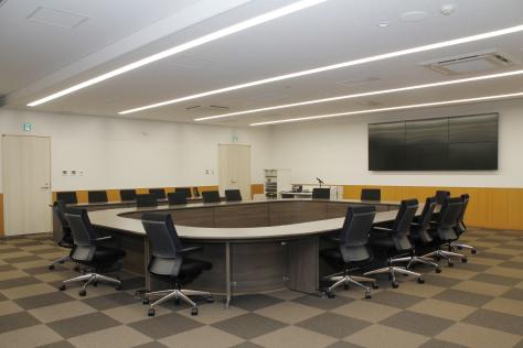 市役所新庁舎が完成 来月1日業務開始_f0237658_14313628.jpg