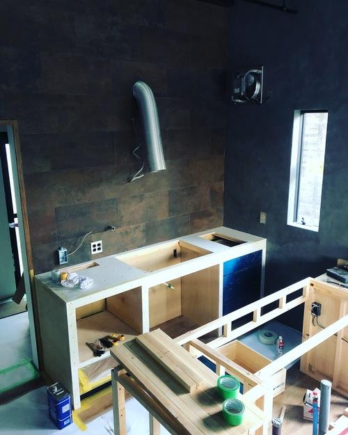 myhome その7 キッチン製作開始!照明器具、エアコン器具取付_c0180474_21521823.jpg