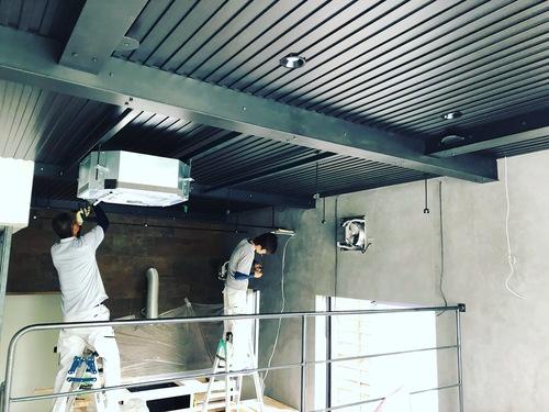 myhome その7 キッチン製作開始!照明器具、エアコン器具取付_c0180474_2263976.jpg