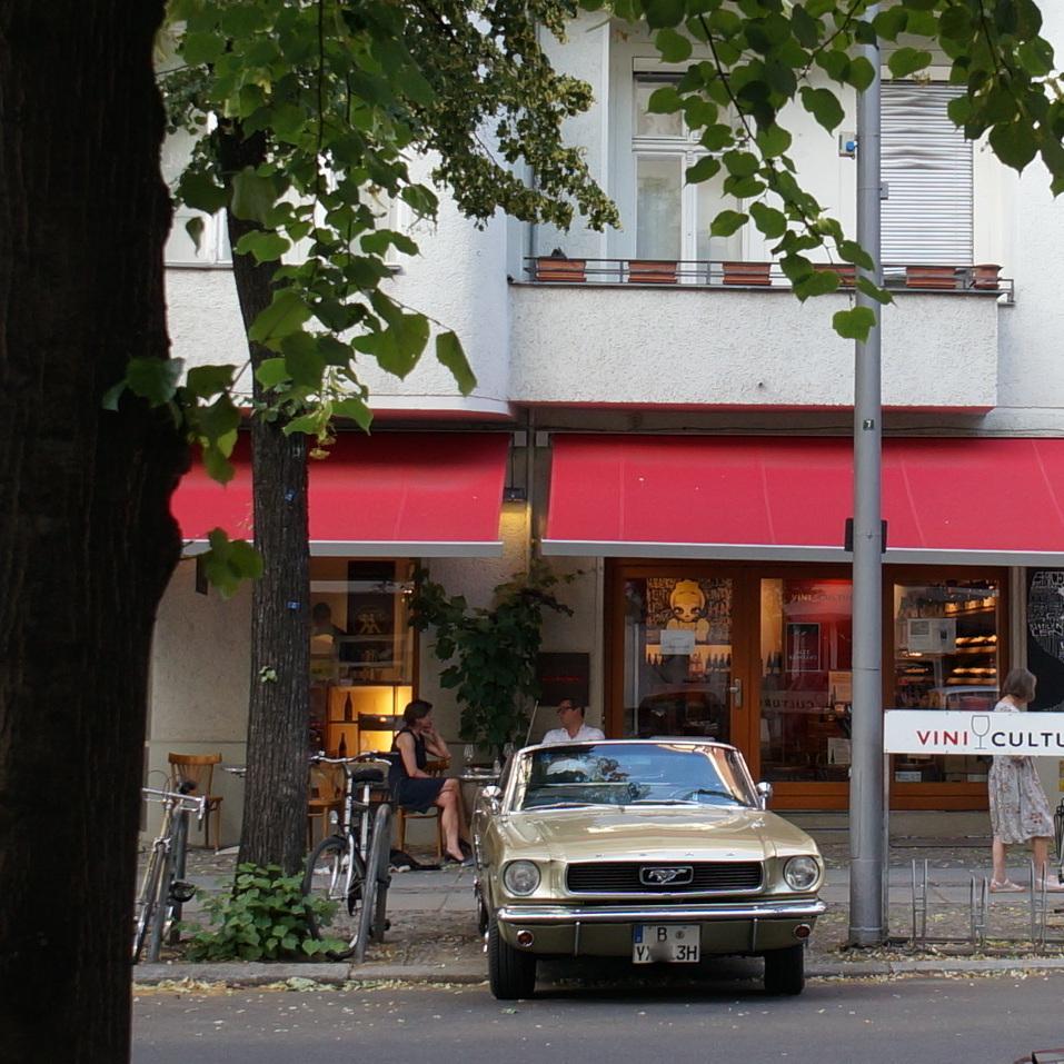 旧西ベルリンの顔ふたつ_c0180686_01382941.jpg