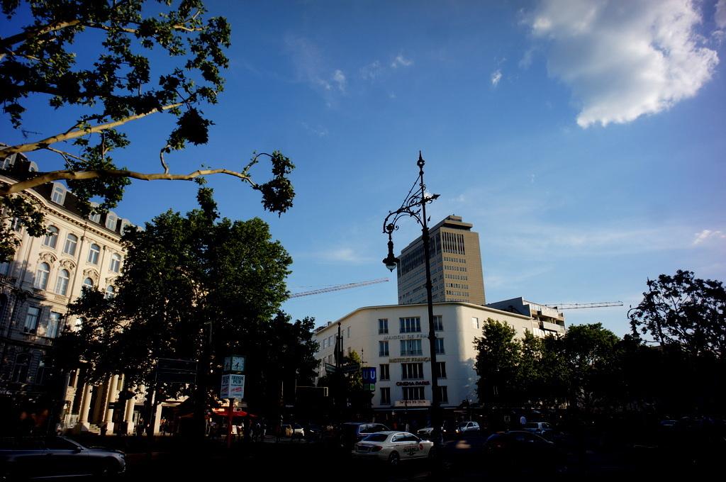 旧西ベルリンの顔ふたつ_c0180686_01383865.jpg