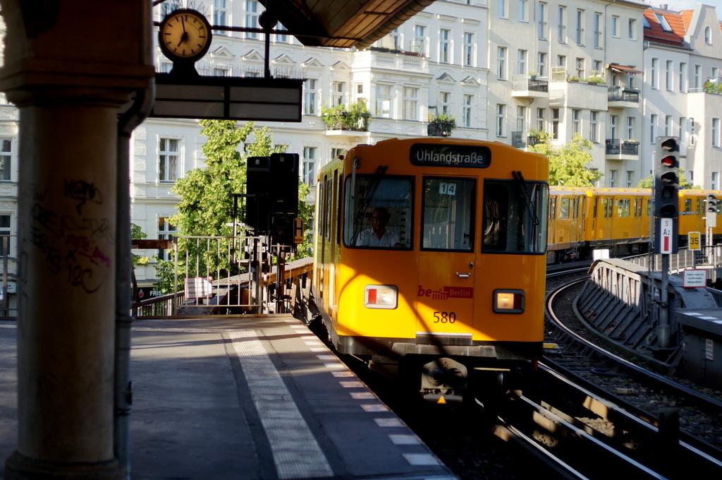旧西ベルリンの顔ふたつ_c0180686_01393988.jpg