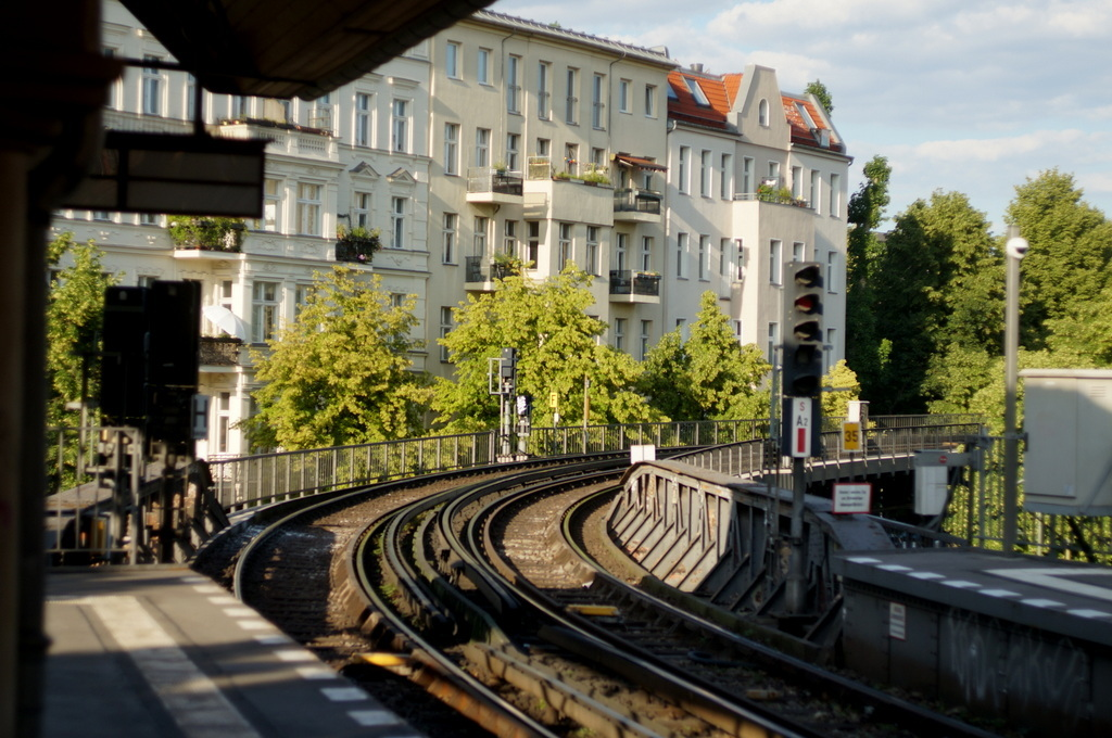 旧西ベルリンの顔ふたつ_c0180686_01401642.jpg