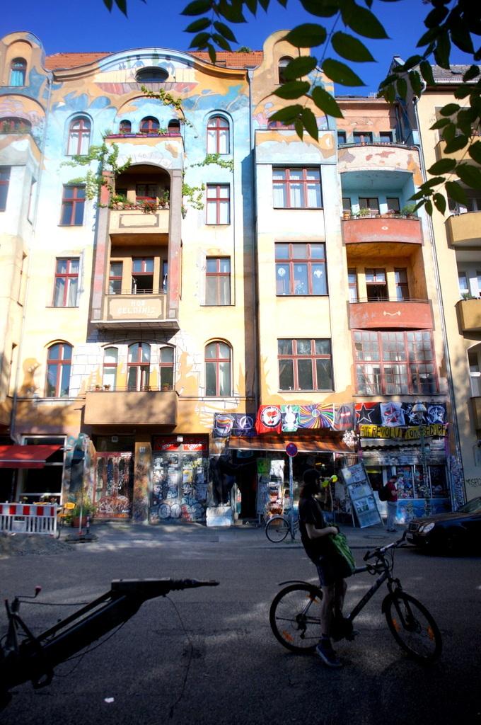 旧西ベルリンの顔ふたつ_c0180686_01403646.jpg