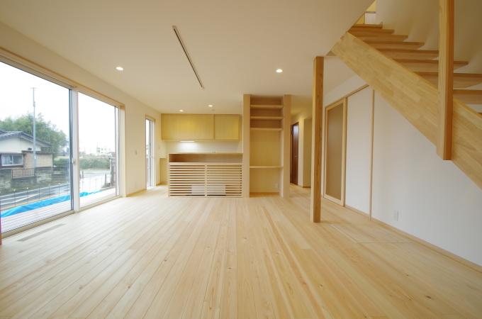 対面キッチンのフロント・ガラリ戸+書斎コーナー_c0004024_11584762.jpg