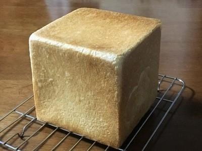 おうち乃が美の生食パンとバターロールでサクサクなメロンパン_f0231189_22375851.jpg