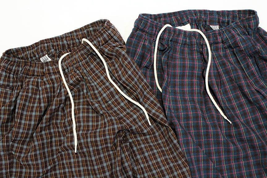 "COMFORTABLE REASON (コンフォータブルリーズン) "" Pile pocket 2tuck Lounge shorts \""_b0122806_12392403.jpg"
