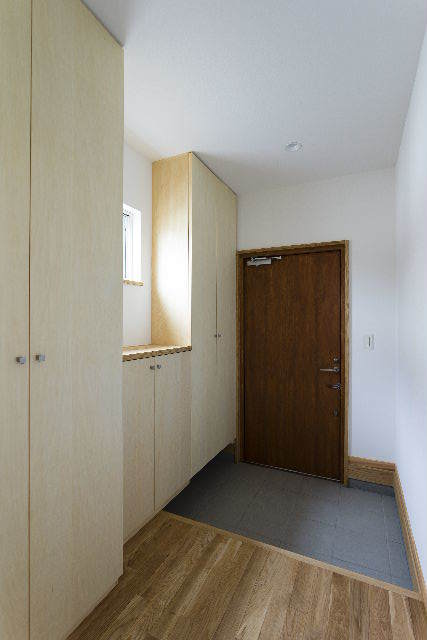 桜台の家 完成写真③_f0105112_04283874.jpg