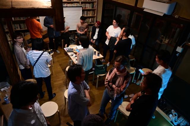 京都・大阪から3つのグループが集合「新アートコミュニティの挑戦」、スナック現美で!_b0165526_23575998.jpg