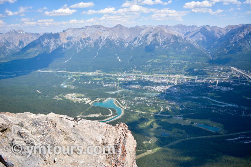 現地ガイドお勧め。カナディアンロッキーで登るべき山 トップ10 [目指せ登頂!]_d0112928_08064564.jpg