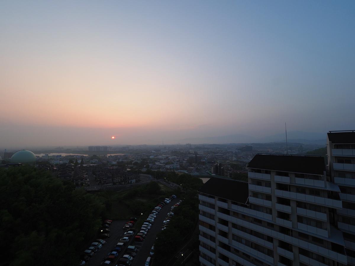 夏至の日の出位置_d0283373_07114062.jpg
