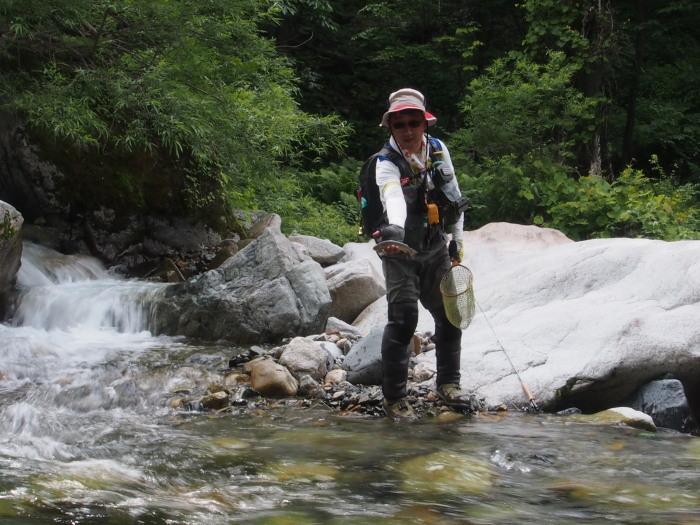 未知の溪を探釣する。_c0197578_22262575.jpg
