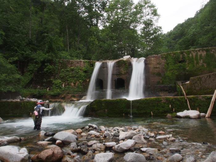 未知の溪を探釣する。_c0197578_23341679.jpg