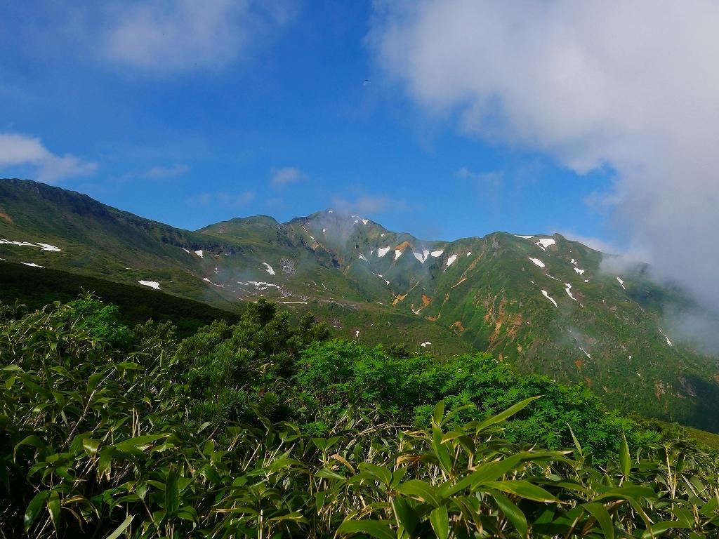 富良野岳、三峰山と上富良野岳、2019.6.24ー富良野岳編ー_f0138096_23480166.jpg
