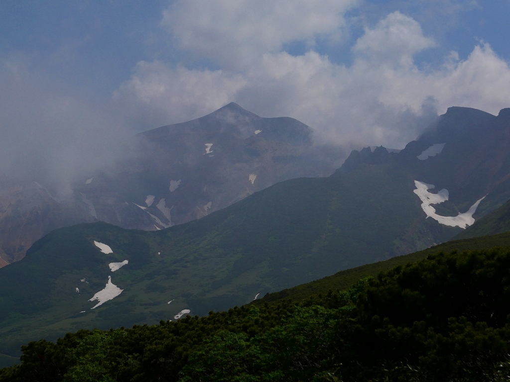 富良野岳、三峰山と上富良野岳、2019.6.24ー富良野岳編ー_f0138096_23485230.jpg