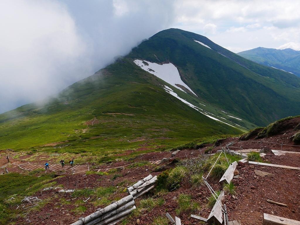 富良野岳、三峰山と上富良野岳、2019.6.24ー富良野岳編ー_f0138096_23490140.jpg
