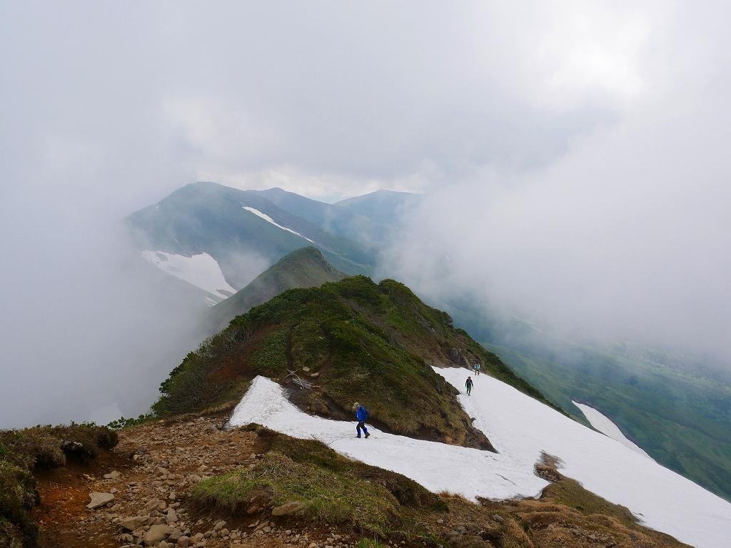 富良野岳、三峰山と上富良野岳、2019.6.24ー富良野岳編ー_f0138096_23493161.jpg