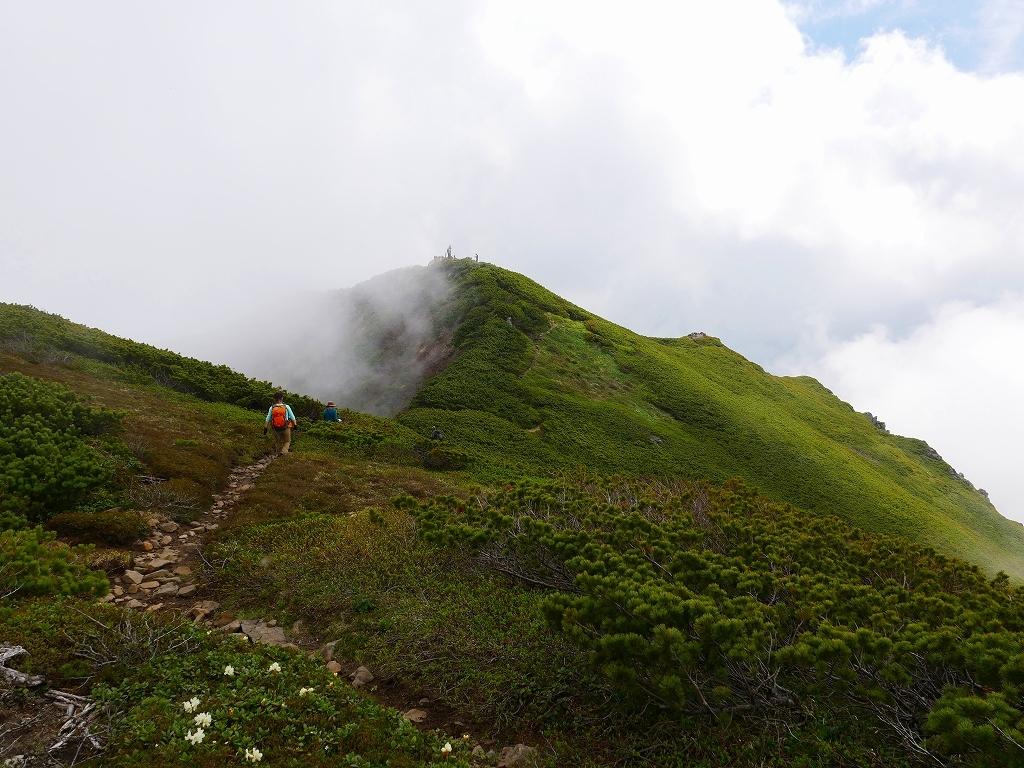 富良野岳、三峰山と上富良野岳、2019.6.24ー富良野岳編ー_f0138096_23493985.jpg