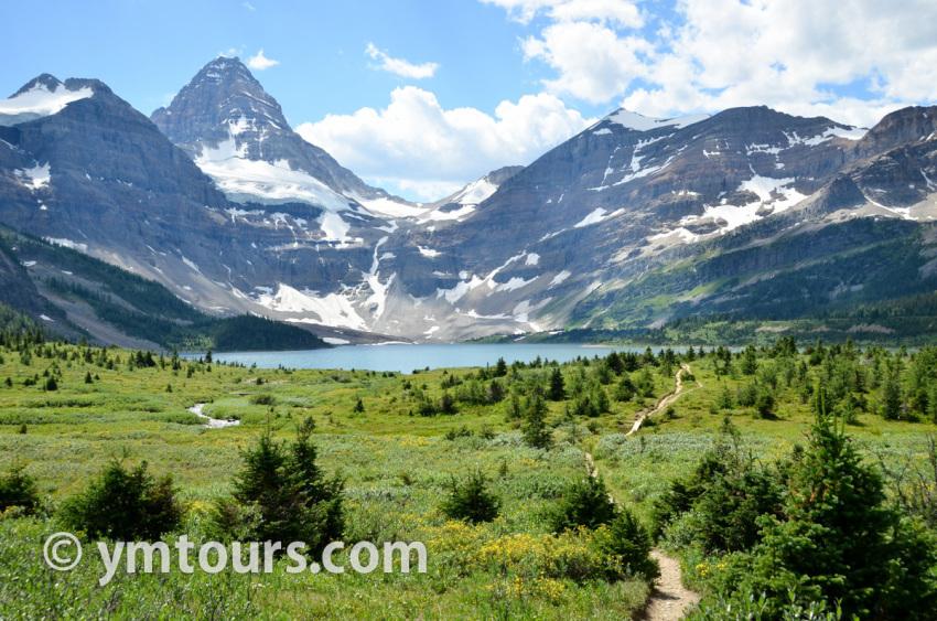 現地ガイドお勧め。カナディアンロッキーで登るべき山 トップ10 [目指せ登頂!]_d0112928_03182407.jpg