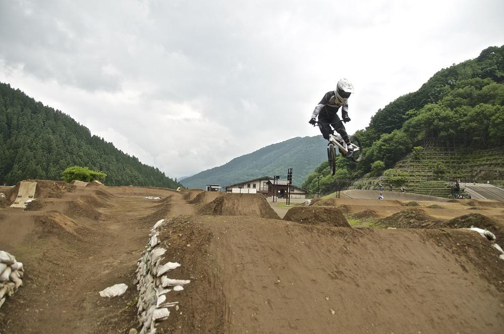 2019令和元年6月22〜23日秩父滝沢サイクルパークの風景_b0065730_914610.jpg